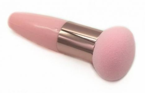 Makeup brush mushroom shape - pink