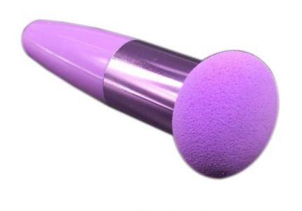 Makeup brush mushroom shape - purple